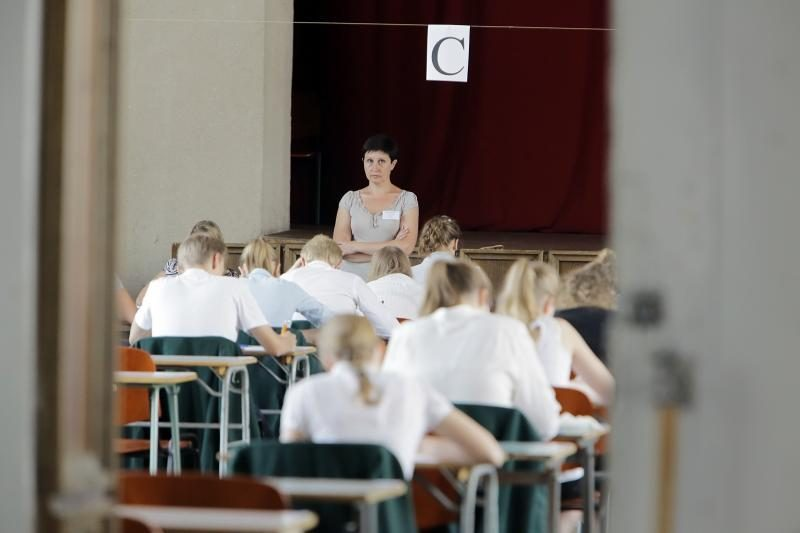 13 abiturientų, planavusių laikyti fizikos egzaminą, persigalvojo