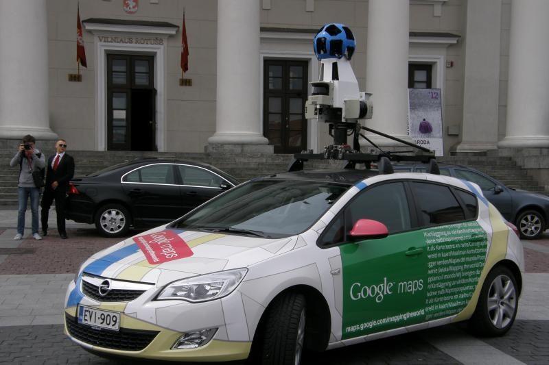 """""""Google"""" automobiliai į šalies gatves išriedės penktadienį"""