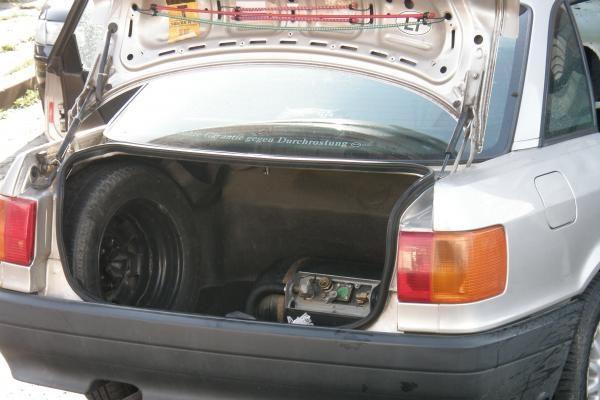 """Uostamiestyje užsidegė """"Audi"""""""