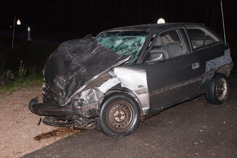 """Per avariją trūko automobilio """"Opel"""" saugos diržai"""