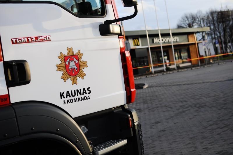 Dėl įtartino radinio iš McDonald's restorano Kaune evakuoti žmonės