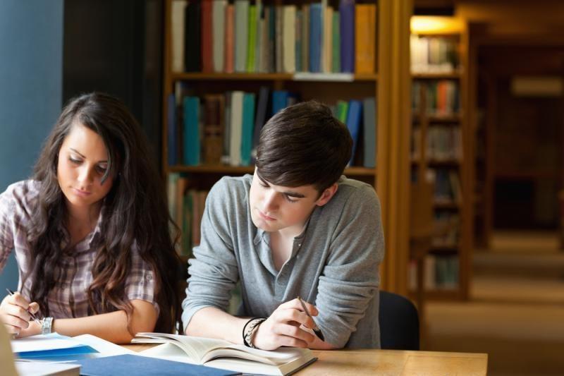 Aukštosiose mokyklose nori studijuoti apie 44 tūkst. jaunuolių