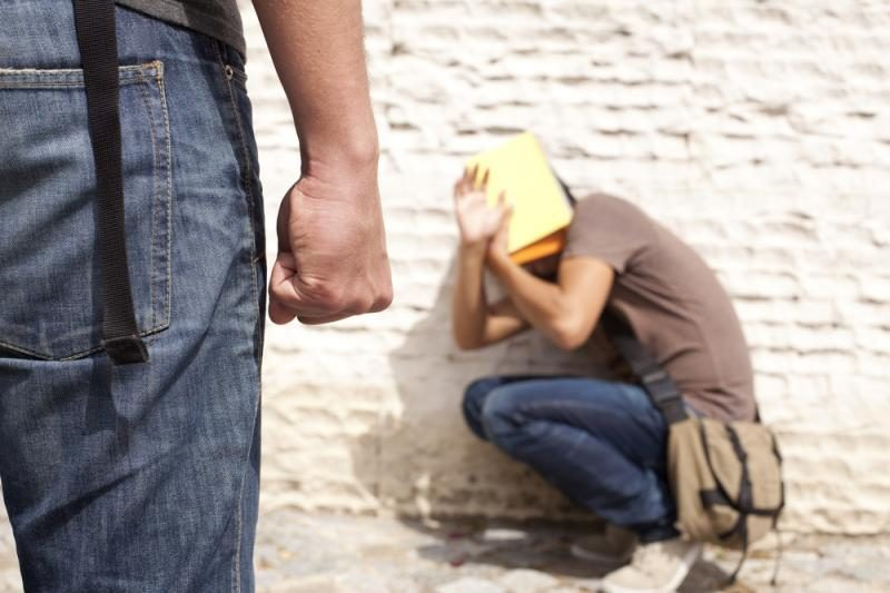 Uostamiesčio paaugliai aukų tyko prie parduotuvių