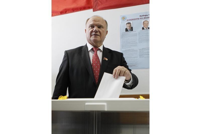 Vladimiras Putinas balsavo Lenino prospekte