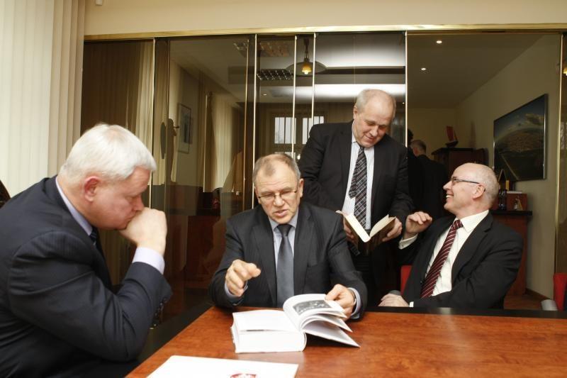 Ministras: sveikatos apsaugoje būtini pokyčiai