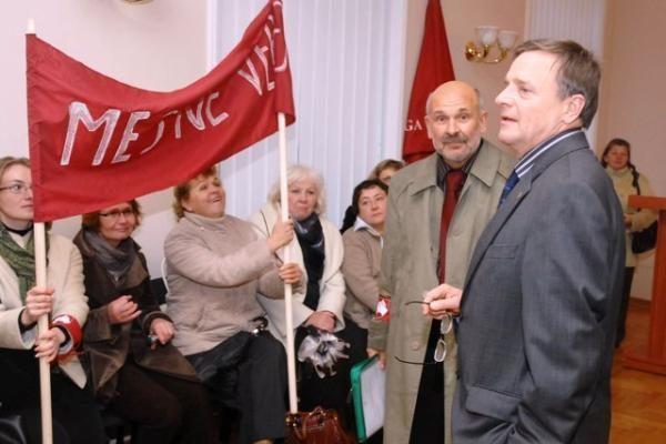 R.Vilkaitis sugebėjo protestuotojus įsivilioti vidun
