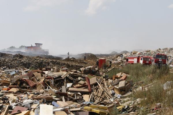 Klaipėdos r. degė Dumpių sąvartynas (papildyta)