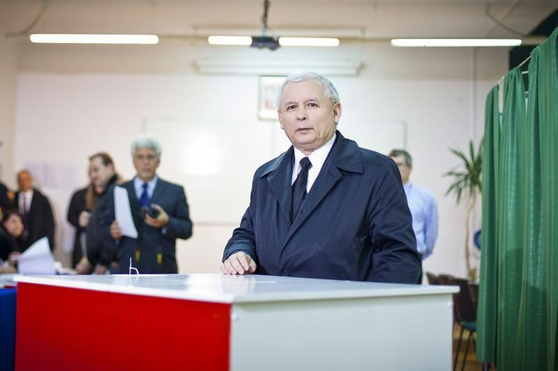 Lenkijoje vyksta parlamento rinkimai, D.Tuskas vėl siekia laimėti