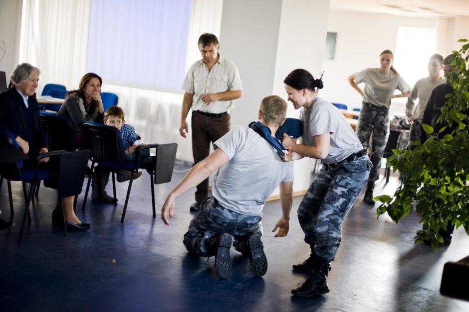 Savigynos mokytojai: negailėkite užpuolikų, jie nepasigailės jūsų