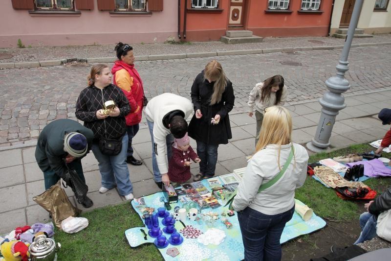 Klaipėdos senamiestyje vėl veikia blusų turgus
