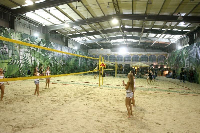 Naujoje arenoje kauniečiai tinklinį žais ir žiemą