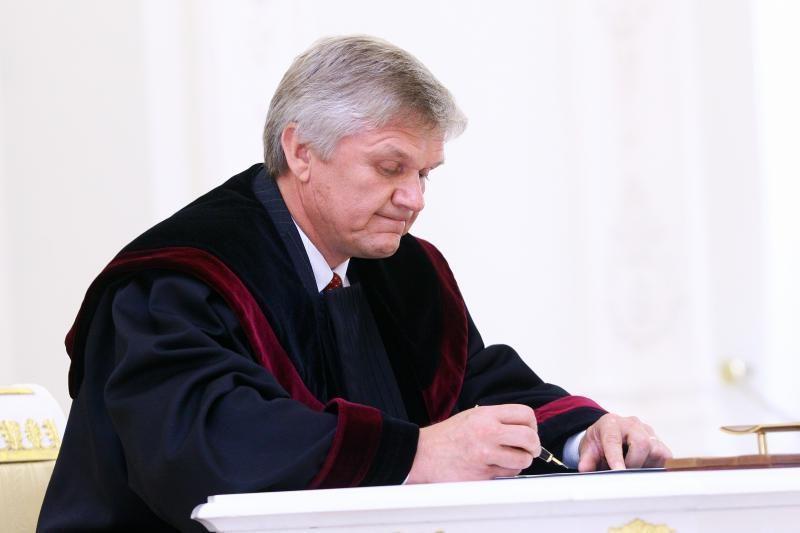 Pritarė pagarsėjusio teisėjo B.Varsackio perkėlimui į Kauną