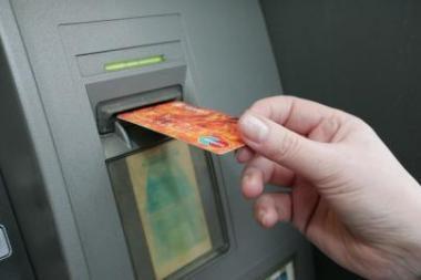 Už svetimos kortelės naudojimą - vienų metų laisvės atėmimas lygtinai