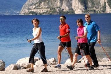 Klaipėdiečiai kviečiami pasivaikščioti šiaurietiškai