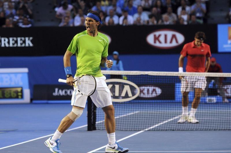 Australijos pirmenybių pusfinalyje R.Nadalis eliminavo R.Federerį