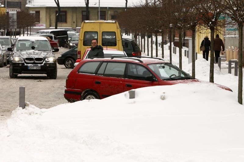 Sniego kalnus išveš tik iš kelių gatvių