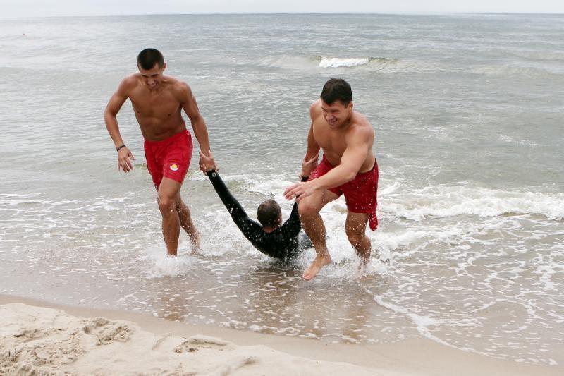 Gelbėtojai darbą pajūrio pliažuose šiemet gali pradėti anksčiau