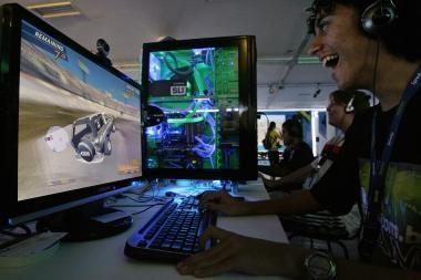 Kompiuterinių žaidimų mėgėjai rungsis dėl čempionų titulo