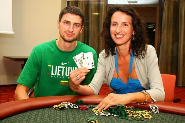 G.Gusto žmona prie pokerio stalo pranoko visus krepšininkus