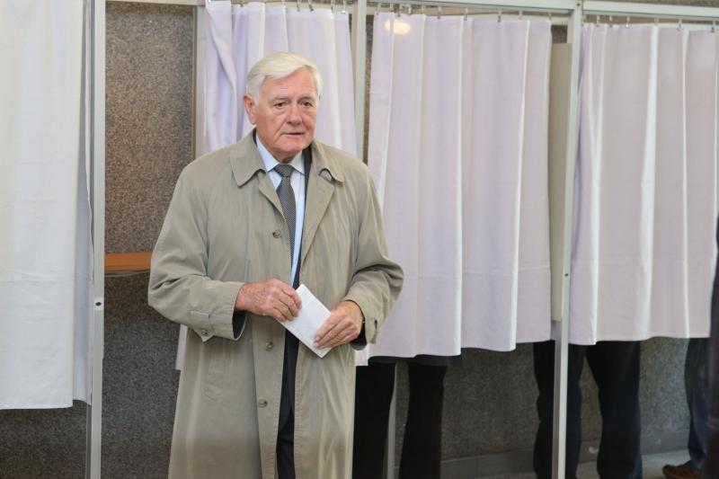 V. Adamkus: dabartinis Seimas manęs netenkino, balsavau už permainas
