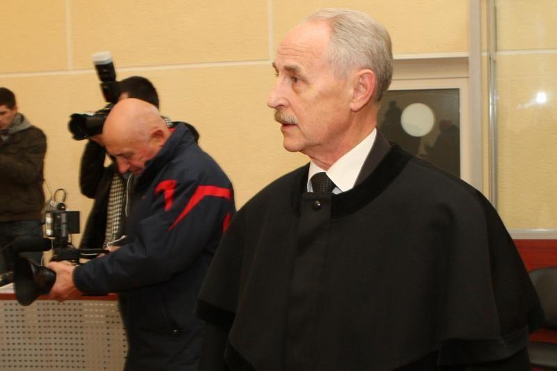 A.Ūsui pateikti kaltinimai dėl vaiko tvirkinimo, kviečiami liudininkai