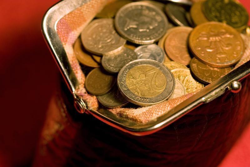 Seniūnijos kasininkė į savo sąskaitą persivedė 200 tūkst. litų