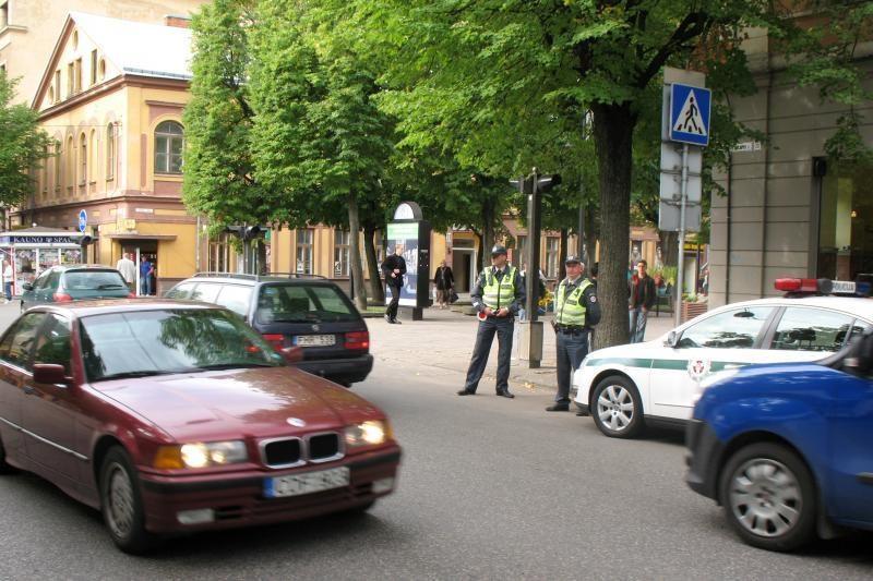 Pirmąją rugsėjo savaitę pėsčiųjų perėjas sergės policininkai