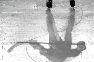 Elektrėniškiai iškovojo pirmuosius taškus Latvijos ledo ritulio pirmenybėse