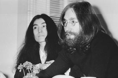 J.Lennono 70-ųjų gimimo metinių proga jo žmona Ono dalijosi prisiminimais