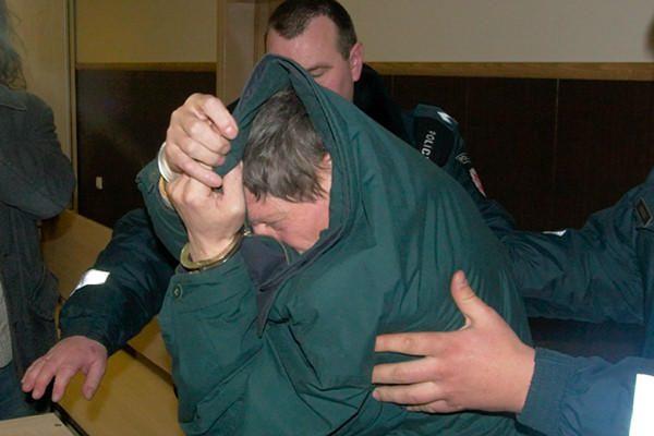 Pedofilija kaltinamam J.Daciui siūloma skirti 7 metus nelaisvės