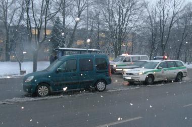 Klaipėdoje automobilis partrenkė vyrą
