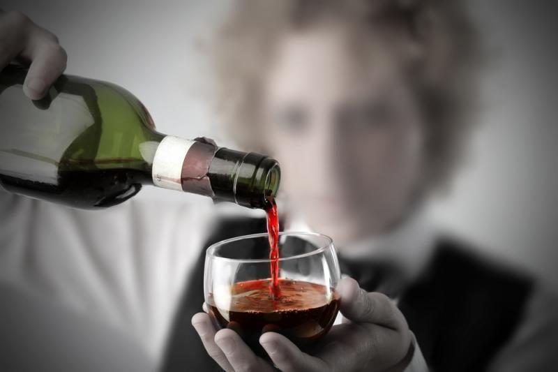 Per pietus valstybinėje įstaigoje – vaišės su alkoholiu