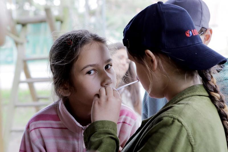 Silpnaregiai vaikai pažino kvapų pasaulį