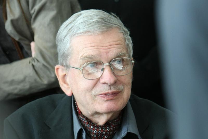 Pagerbtas T.Venclova: visuomenės ir mąstytojo priešprieša visada lieka