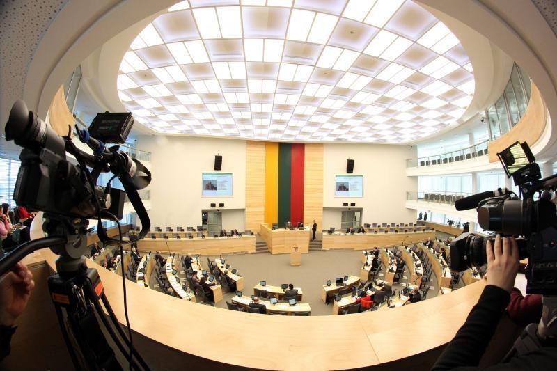 Parlamentarai užsimojo padvigubinti sau skiriamas išlaidas