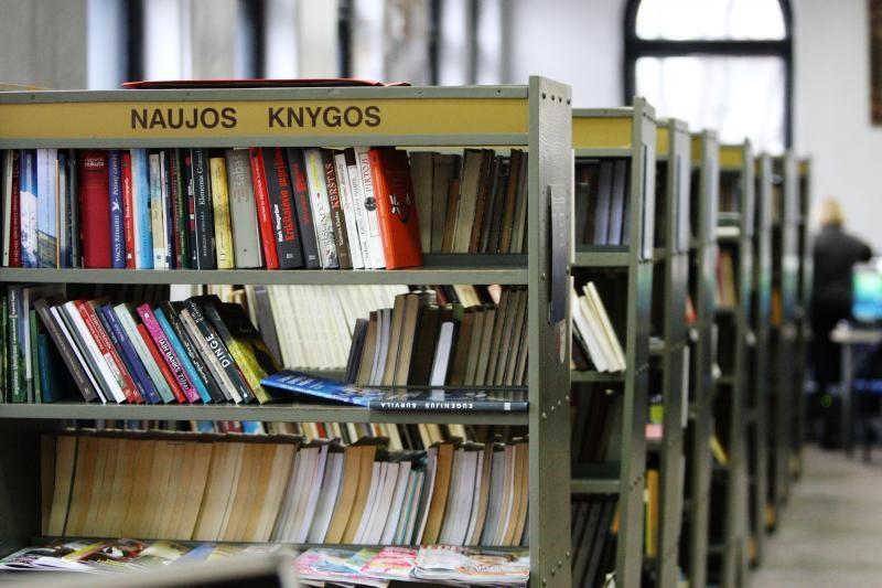 Mokyklų bibliotekoms – moderni įranga ir nauji baldai