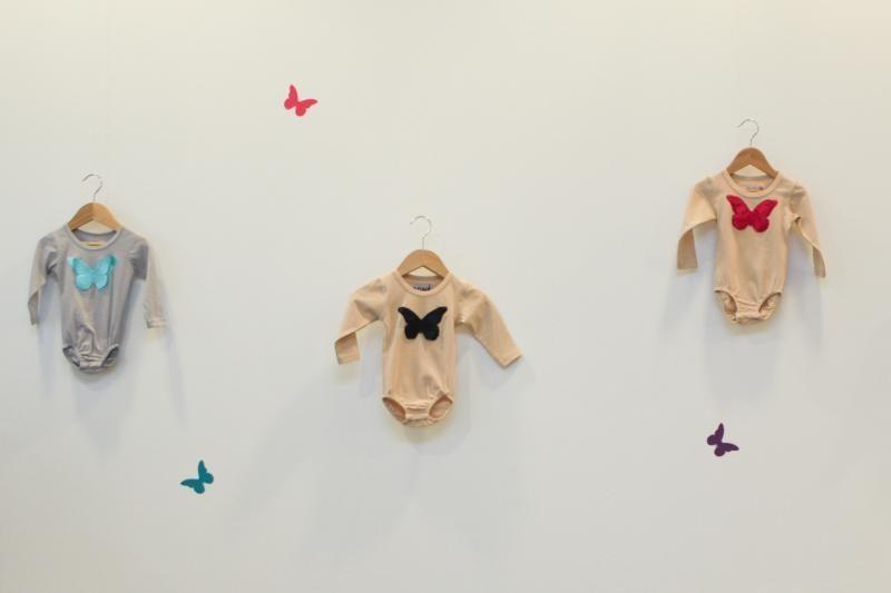 A.Kuzmickaitės kolekcijoje vaikams plazda trimačiai drugeliai