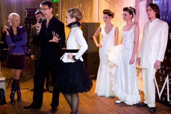 Idealios I.Kazlauskaitės vestuvės: suknelei negaila ir 100 tūkst. litų