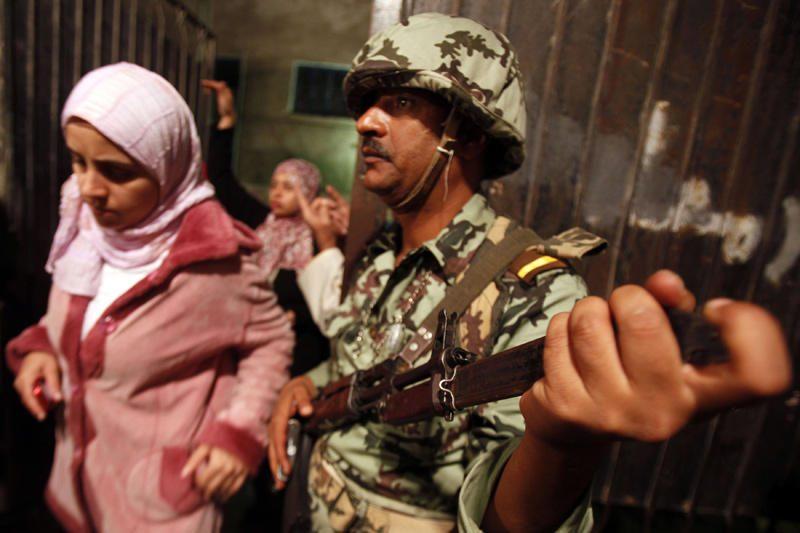 Egipte rinkimus aptemdė kruvini susirėmimai, nusinešę tris gyvybes