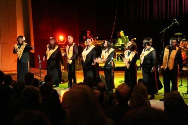 Gospelo muzika liesis VDU salėje