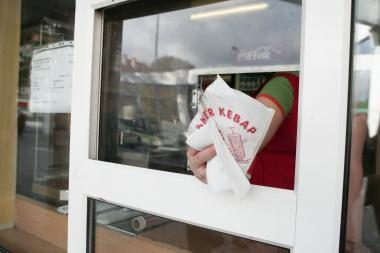 Sustabdyta šaldytų kebabų iš Vokietijos realizacija