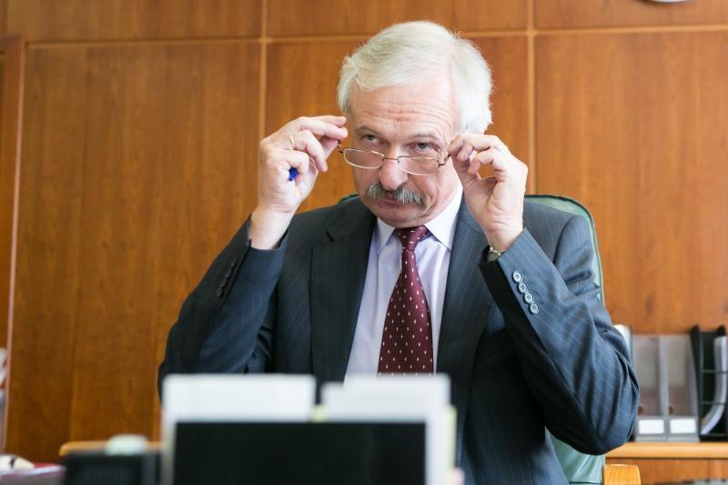 E. Gustas: siekiant mažinti naštą smulkiam verslui, bus peržiūrimi ES teisės aktai