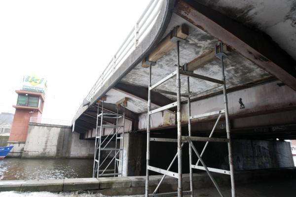 Pilies tiltu bus leidžiama važiuoti tik lėtai