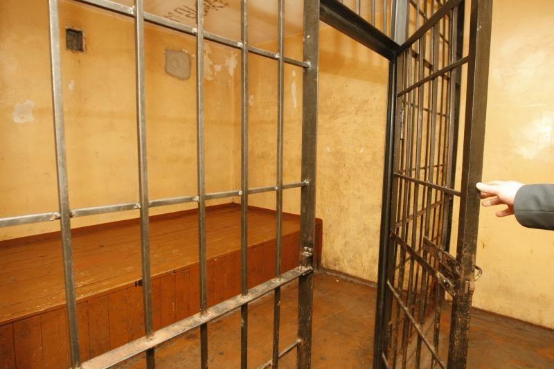 Klaipėdos areštinėje susižalojo du kaliniai