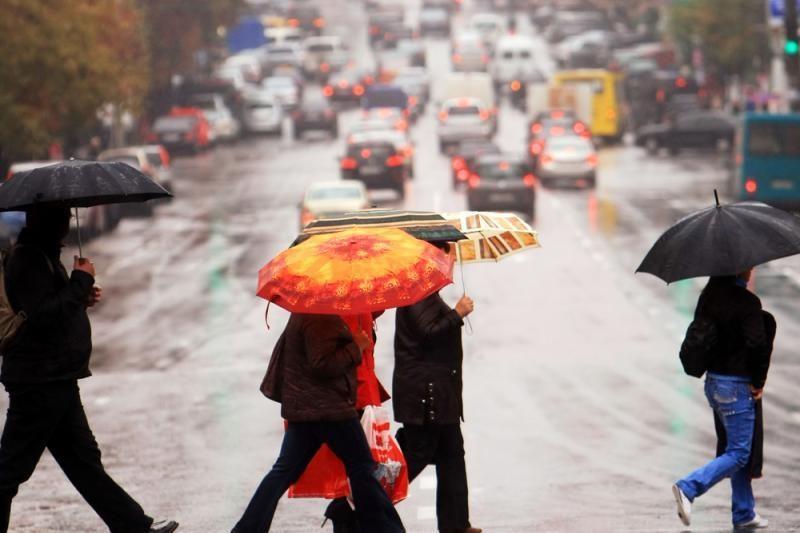Lietuvoje kiek  atšils, sugrįš lietus