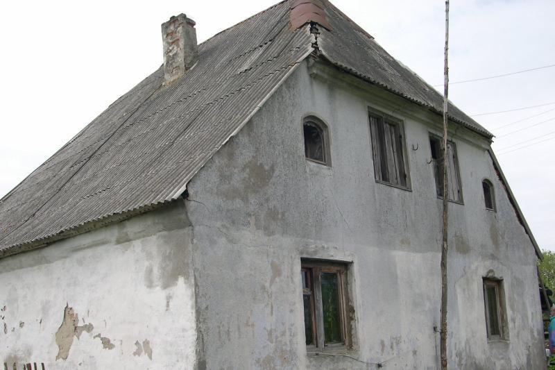 Sudegė dailininko P.Domšaičio gimtasis namas