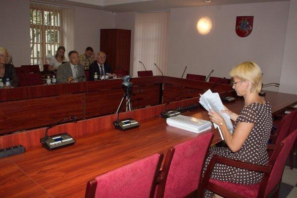 N.Venckienei nuspręsta iškelti drausmės bylą (papildyta)
