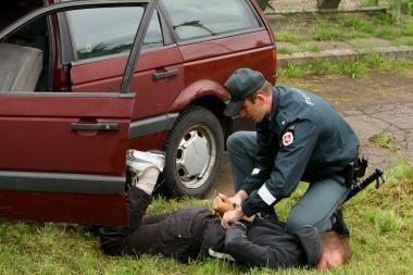 Nuo girtų pažeidėjų kenčia Tauragės rajono policininkai