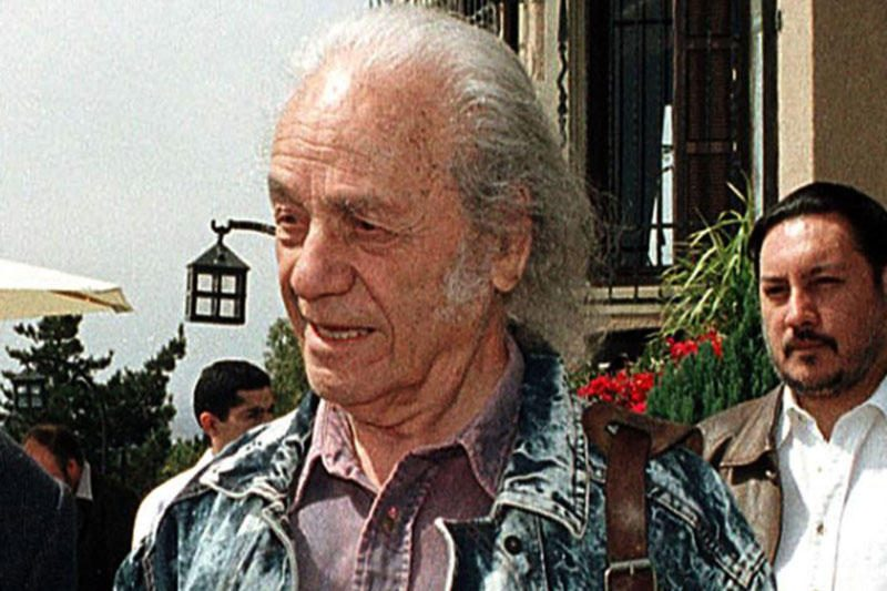 Čilės poetas apdovanotas prestižine Ispanijos literatūros premija