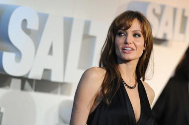 A.Jolie – pagrindinė kandidatė vaidinti Kleopatrą naujame trimačiame filme